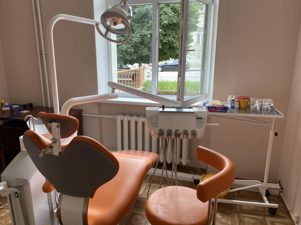 Открылся и начал свою работу стоматологический кабинет, где оказывается бесплатная плановая стоматологическая помощь беременным женщинам в рамках территориальной программы ОМС.